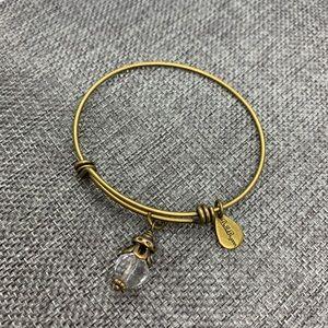 Bella Ryan Expandable Bracelet